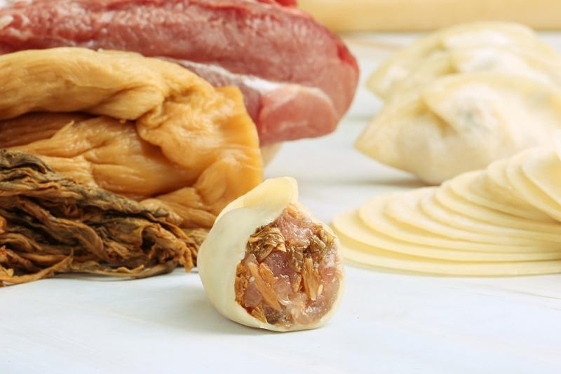 梅菜鲜肉饺子
